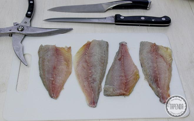filety surowej ryby
