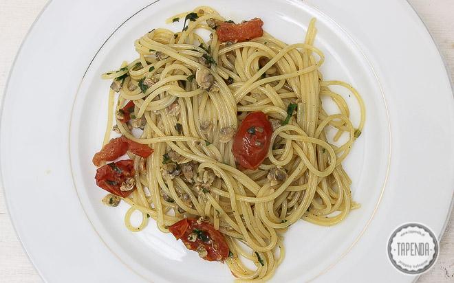 Spaghetti z sercówkami-kuchnia włoska
