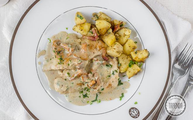 Filety z kurczaka w sosie kurkowym