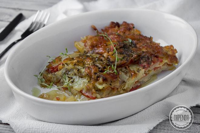 Zapiekanka z ziemniakami i mozzarellą